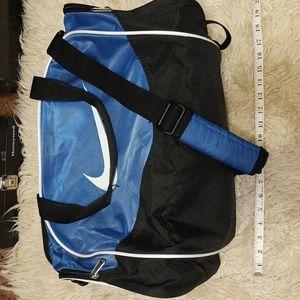 Nike duffle bag, like new